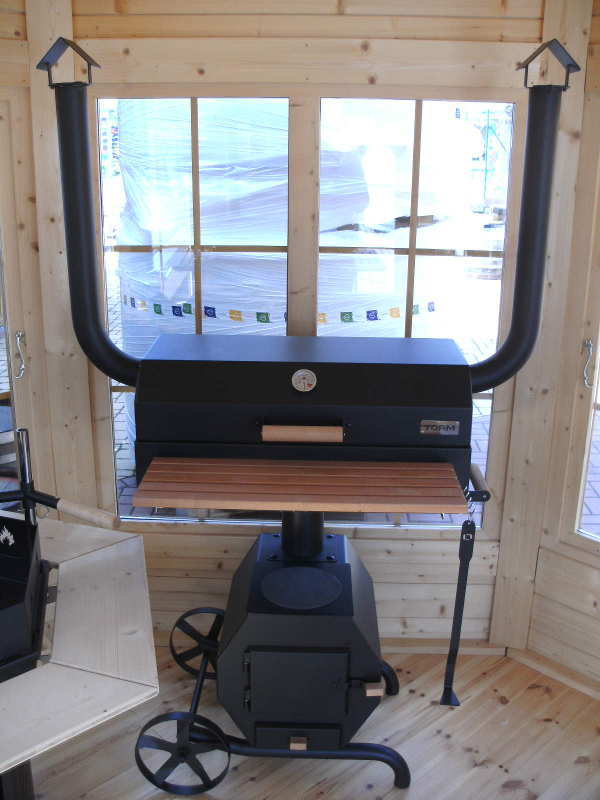 Top bbq grill ms mit smoker sehr robuster holzkohle for Grill holzkohle